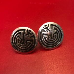 Vintage Hopi sterling man in the maze earrings